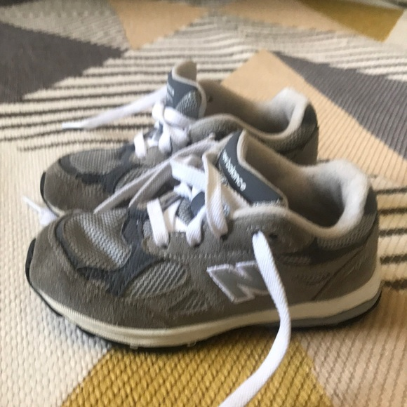 more photos 9fb6c 7e4fc New Balance 990 Toddler Shoes in EXCELLENT shape!